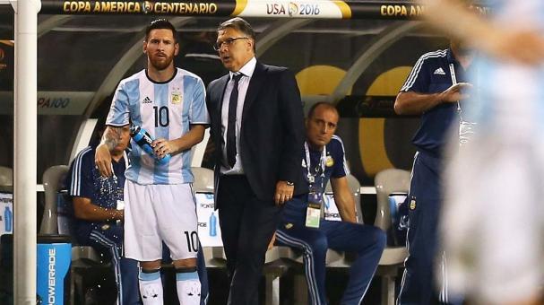 "Gerardo ""Tata"" Martino y Lionel Messi. Foto: imago7"