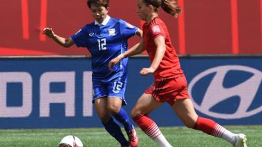 Alemania mostró su poderío para derrotar 4-0 a Tailandia y con ello amarrar su clasificación a la segunda ronda.