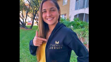 Deyna firmó con The Marketing Jersey. (Foto:  @deynac18)