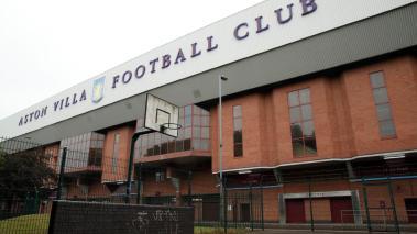 Aston Villa se ha visto muy afectado pro casos de coronavirus. Foto: AFP