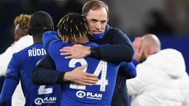Chelsea manager Thomas Tuchel celebrates with player Reece James after winning the UEFA Champions League semi final, second leg soccer match between Chelsea FC and Real Madrid in London, Britain, 05 May 2021. (Liga de Campeones, Reino Unido, Londres) EFE