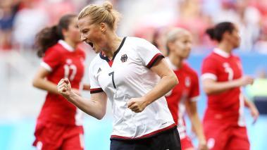 La centrocampista alemana recoge lo que siembra tras su primera nominación a Mejor Jugadora de la FIFA después de haber guiado a su país al Oro en Río 2016. Foto: Getty