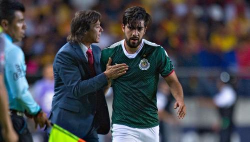 Pizarro fue dirigido por Matías Almeyda en Chivas. FOTO: Imago7.