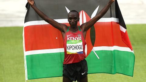 Eliud Kipchoge gana la Maratón de Río 2016