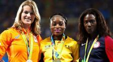 Elaine Thompson, de Jamaica fuev premiada por su triunfo en 200 m. (EFE)